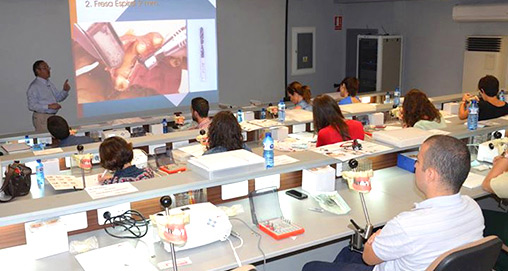 formacion implantologia dental implantes dentales