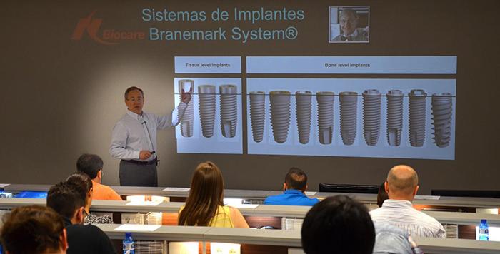 Doctor-Mariano-Sanz-cursos-Estetica-Dental-Periodoncia-Implantologia-3
